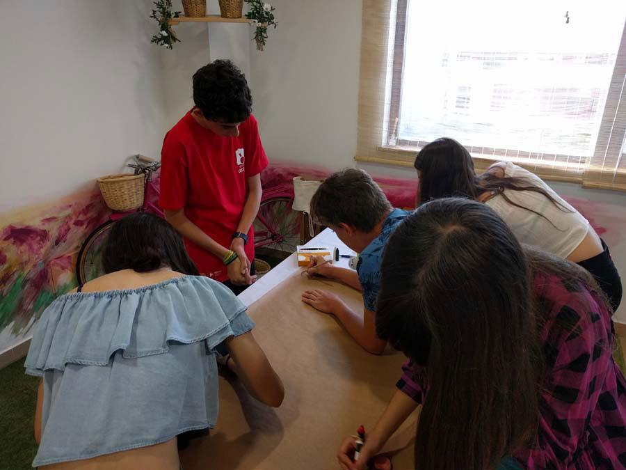 Àngels Martí, formació per a adolescents